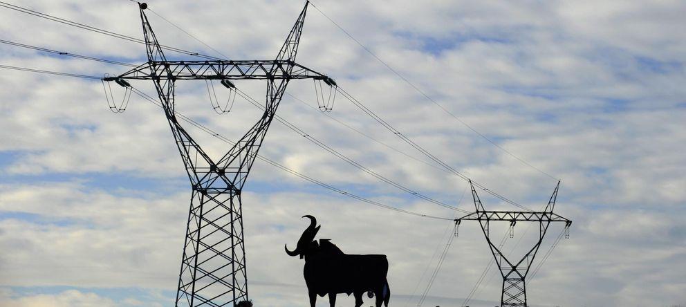 Foto: Los fondos 'vienen' a por el negocio de la luz de Iberdrola, E.ON y EDP en España