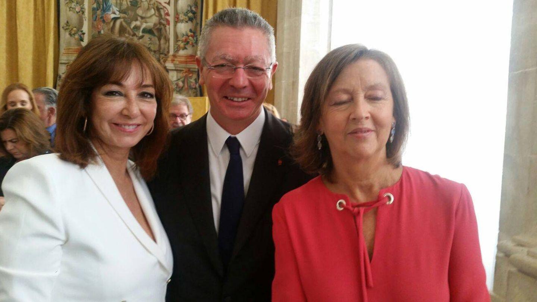 Ana Rosa Quintana y Alberto Ruiz-Gallardón. (Foto: Vanitatis)