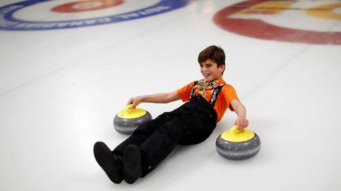 El curling saca una sonrisa a los refugiados en Canadá