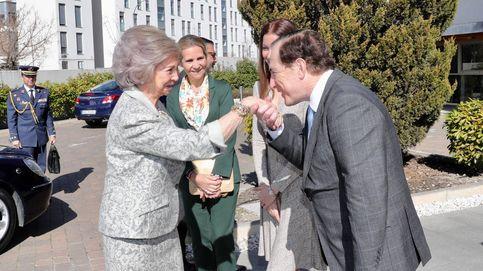 La reina Sofía vuelve a la agenda y coincide con la infanta Elena (pero no con Juan Carlos)