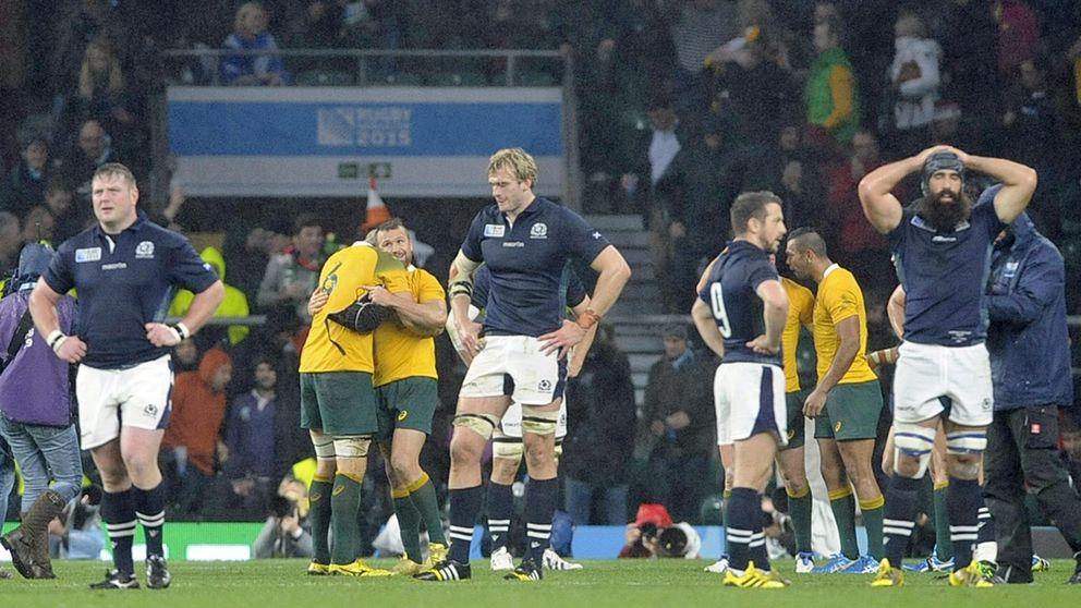 Escocia clama contra el árbitro: Salió corriendo como un conejo asustado