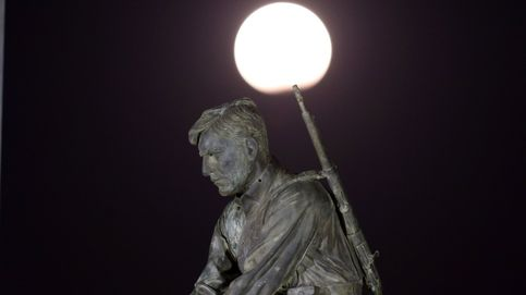 Las mejores imágenes del eclipse de Luna: de Teherán a Budapest