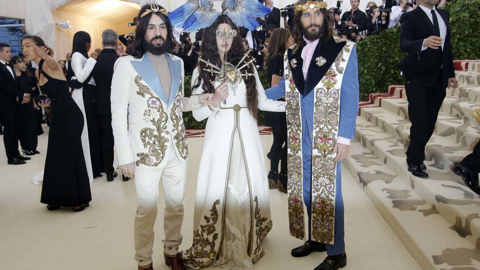 Foto: Alessandro Michele, Lana Del Rey y Jared Leto. (Reuters)