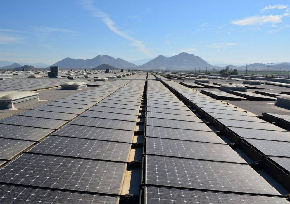 Foto: Parque fotovoltaico (EFE)