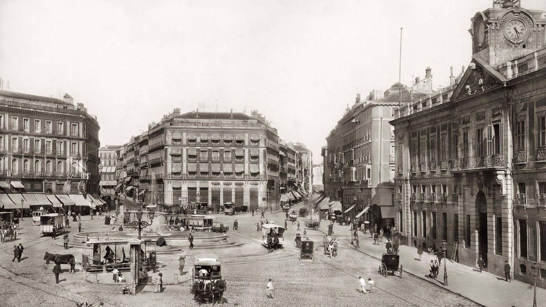 Puerta del Sol. Louis Levy. 1900