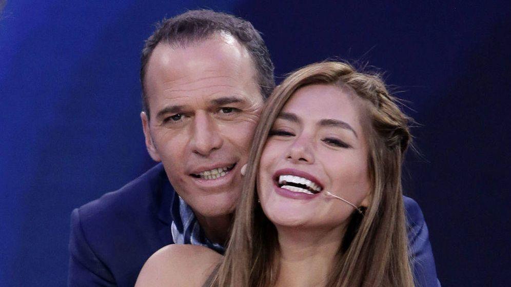 Foto: Carlos Lozano y Miriam Saavedra. (Telecinco).
