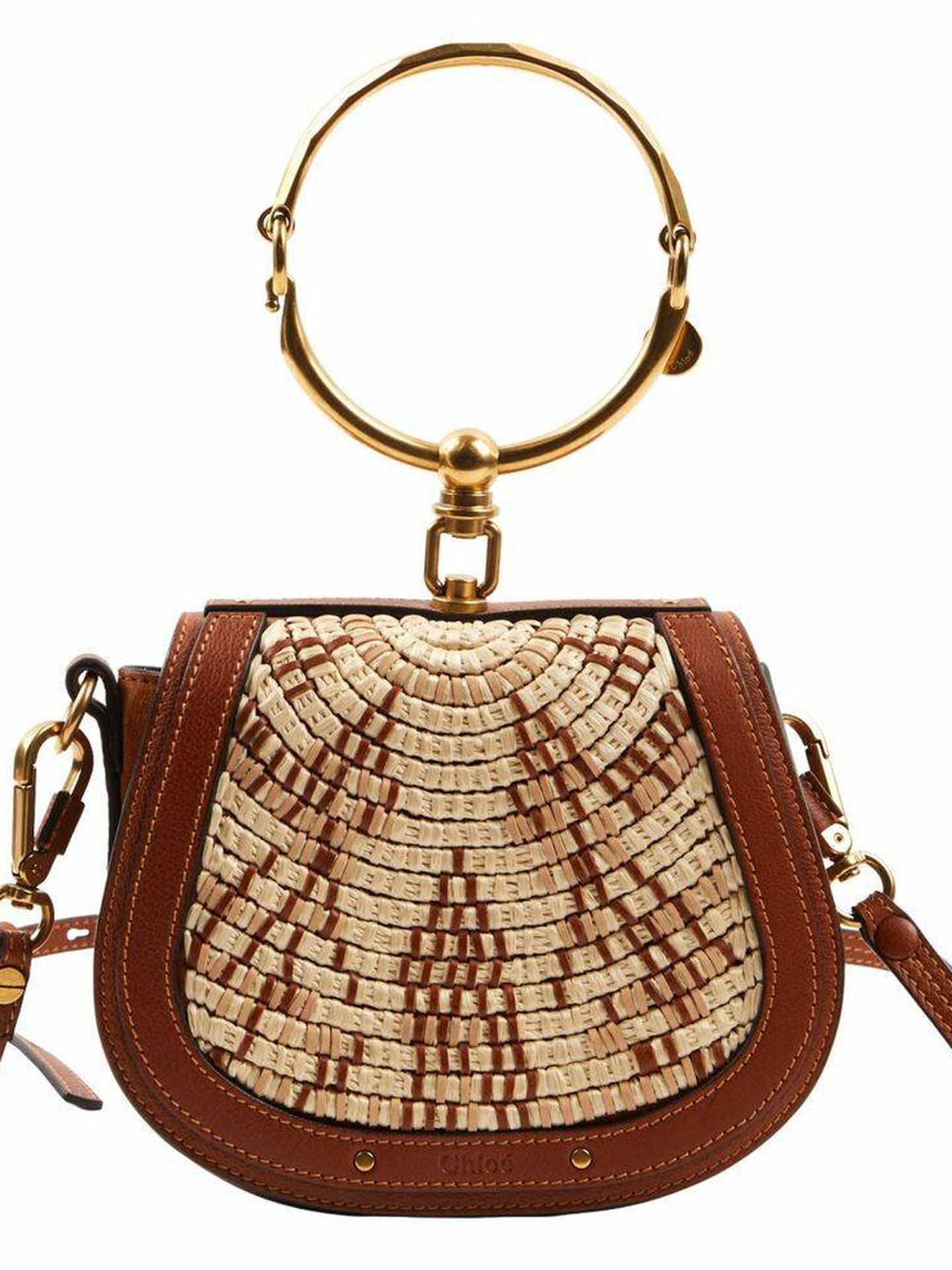 El bolso que lucía la reina jordana. (Cortesía)