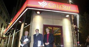 Foto: El FROB tira de prejubilados del sector financiero para intervenir cajas de ahorros