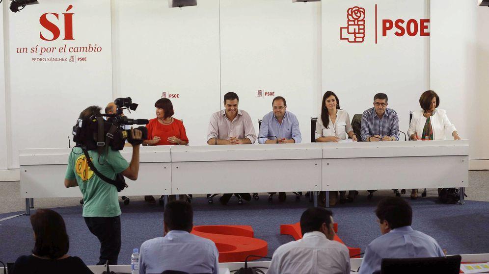 Foto: Fotografía de archivo de una reunión de la comisión ejecutiva del PSOE. (EFE)