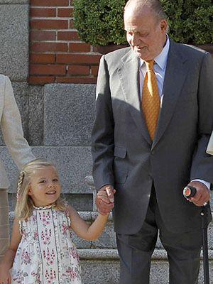 Foto: ¿Por qué no hay fotos del rey con su nieta la heredera?
