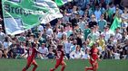 Esta noche se muere Caparrós: el lamentable cántico de aficionados del Betis