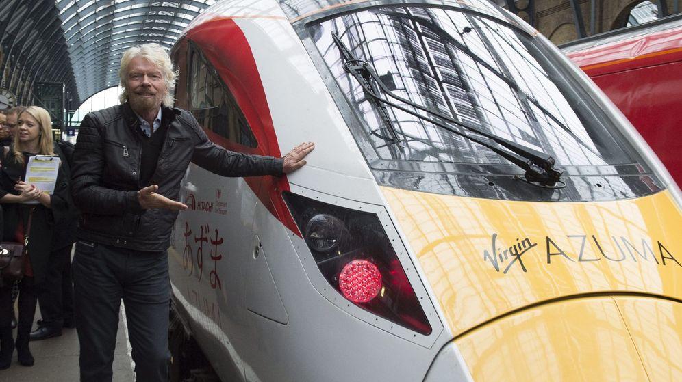 Foto: El fundador del grupo Virgin, Richard Branson, en la presentación de una nueva flota de trenes el año pasado. (EFE)