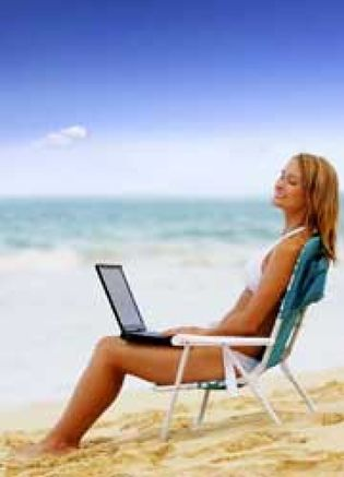 Foto: ¿No sabe desconectar cuando se va de vacaciones? El 'síndrome del ejecutivo' tiene cura