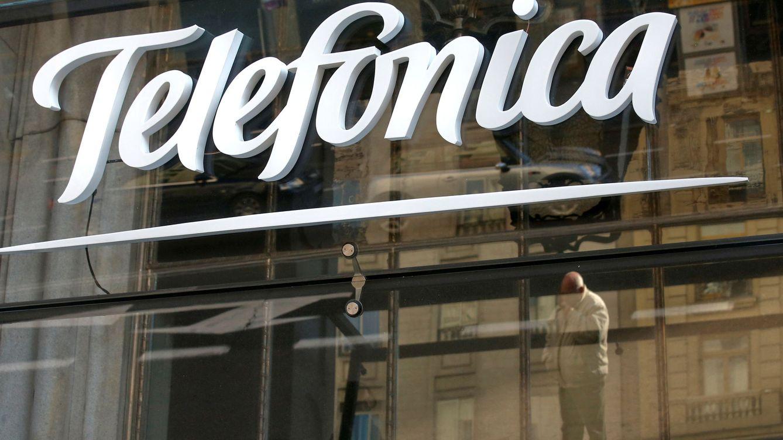 Telefónica gana 926 millones de euros hasta marzo (+10,6%) pese a la caída de ingresos