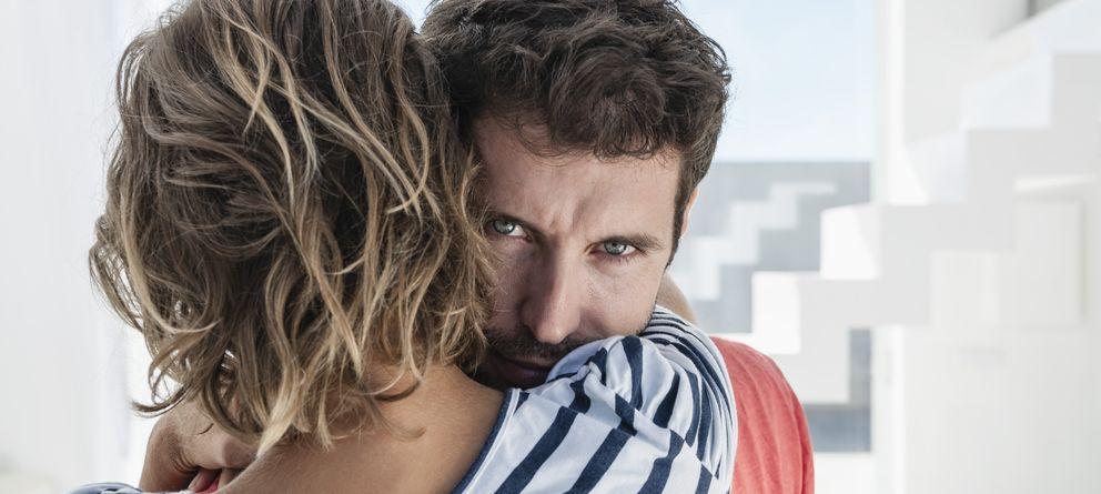 Foto: La gran mayoría de parejas cargan con secretos a sus espaldas. (Corbis)