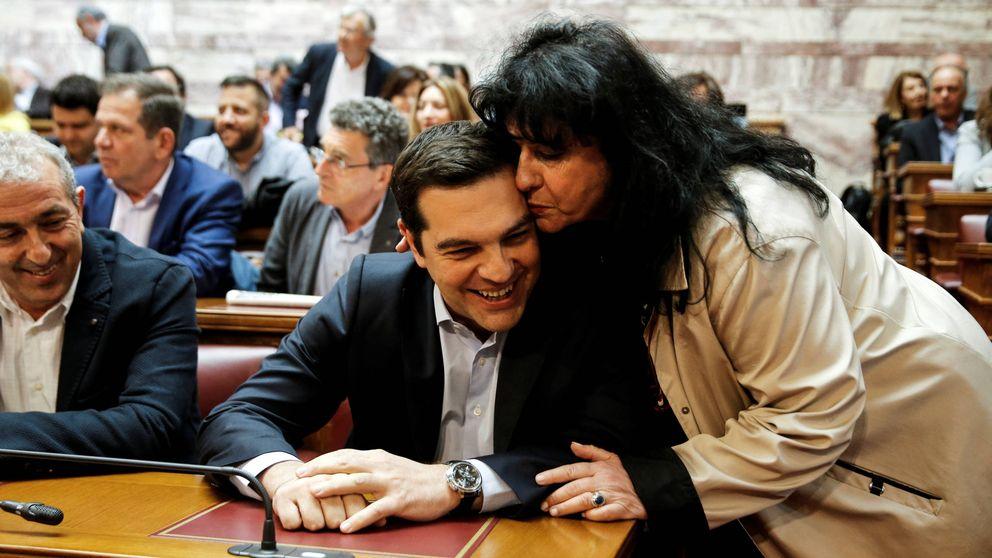 Tsipras vuelve a ser Tsipras: sus medidas alarman a los acreedores