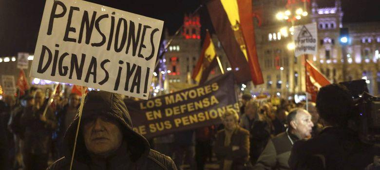 Foto: Manifestación por las pensiones (EFE)