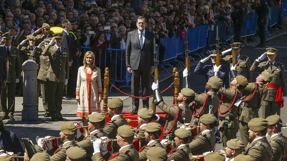 Foto: El presidente del Gobierno en funciones, Mariano Rajoy, y la presidenta de la Comunidad de Madrid, Cristina Cifuentes. (EFE)