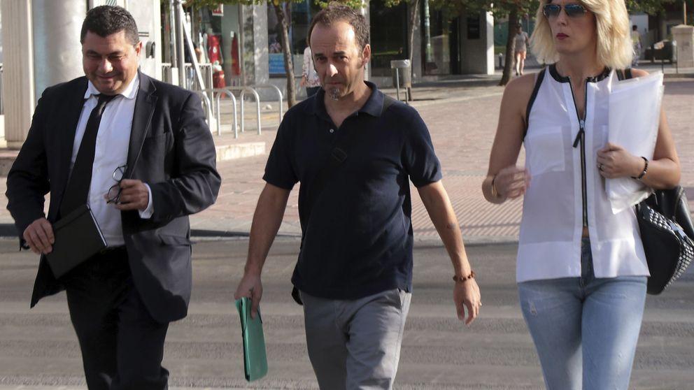 Francesco Arcuri, expareja de Juana Rivas, vuelve con sus hijos a Italia