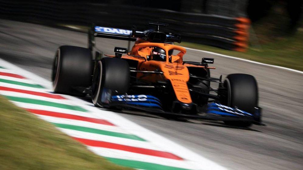 Foto: Carlos Sainz se mostraba optimista tras el primer contacto del MCL35 con Monza, sexto en la segunda sesión de libres (McLaren)