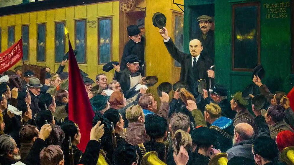 Foto: Lenin regresa del exilio a la Estación de Finlandia el 3 de abril de 1917: comienza la Revolución Rusa