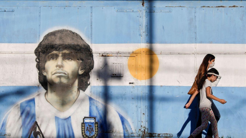 La imagen viral: el efecto óptico que homenajea a Maradona en el cielo