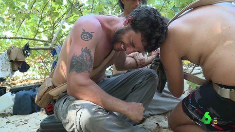 'La isla': un concursante se corta hasta el hueso y acaba cosiéndose un dedo