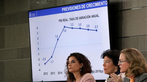 El Gobierno baja una décima la previsión de PIB y subirá los impuestos en 5.678 M.