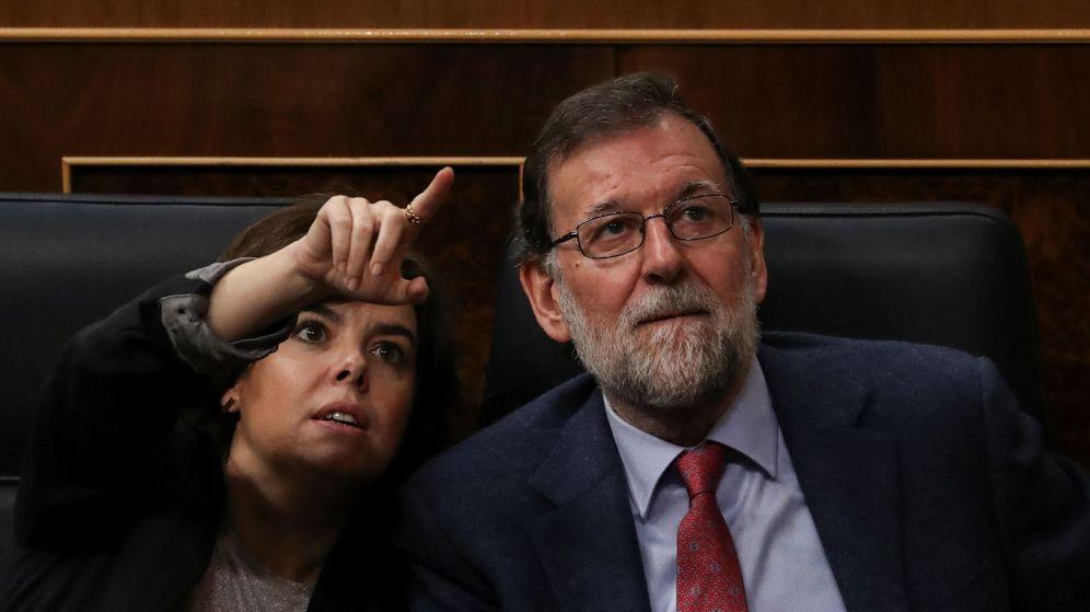 Foto: Fotografía de archivo de Soraya Sáenz de Santamaría y Mariano Rajoy. (Reuters)
