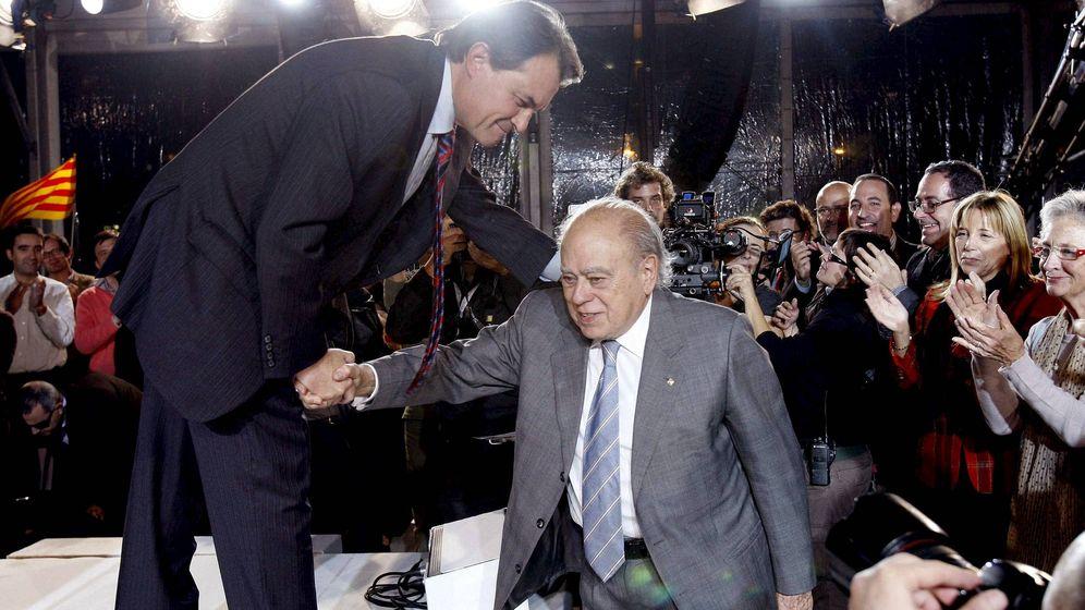Foto: Artur Mas y Jordi Pujol en 2010. (EFE)