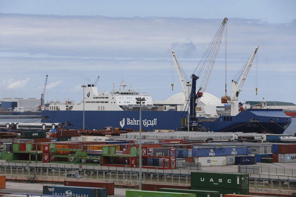 Foto: Instalaciones del puerto de Bilbao. (EFE)