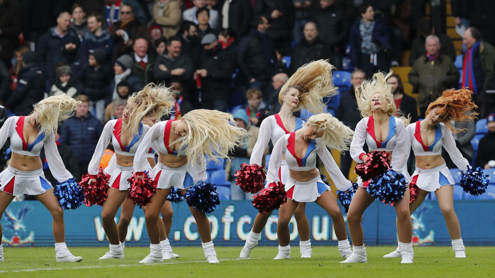 Foto: Los deportistas que sufren más conmociones cerebrales son las cheerleaders (Reuters).
