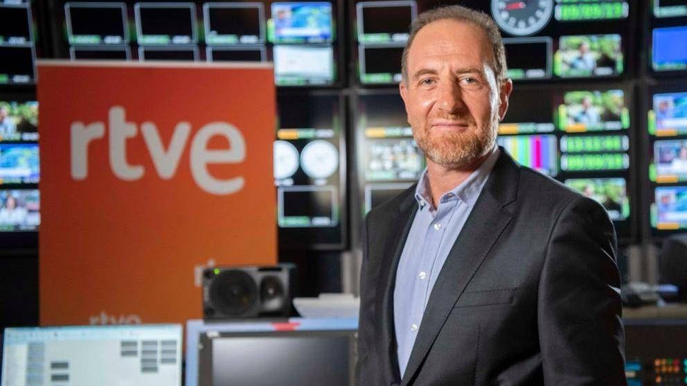 Los periodistas de RTVE cargan en las redes contra Enric Hernández por los ceses