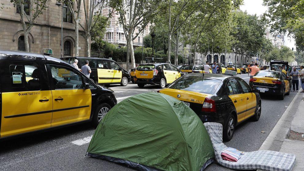 De cero a cien en cinco días: la huelga que puede dejar sin taxis España