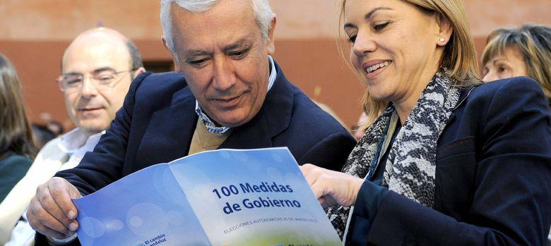 Foto: Fotografía de archivo de Javier Arenas y María Dolores de Cospedal. (EFE)