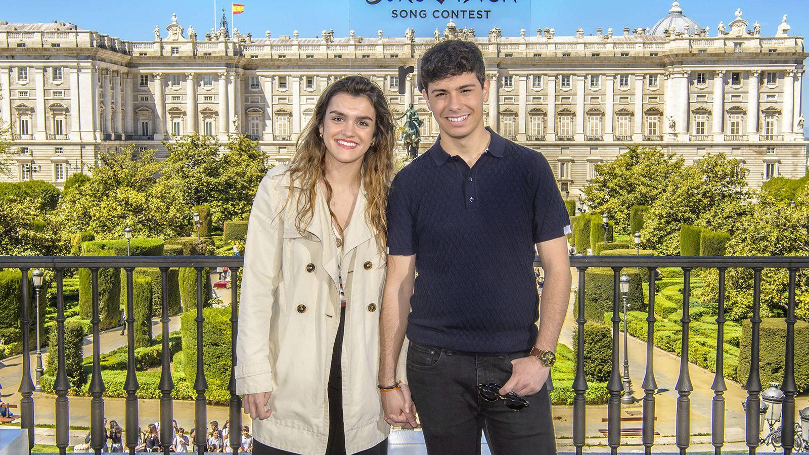 Foto: Amaia y Alfred en el acto oficial de despedida celebrado en el Teatro Real de Madrid. (RTVE)