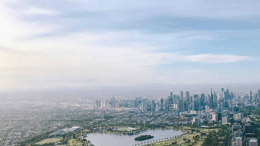 Melbourne (Australia) prohíbe fumar en una de sus principales zonas comerciales