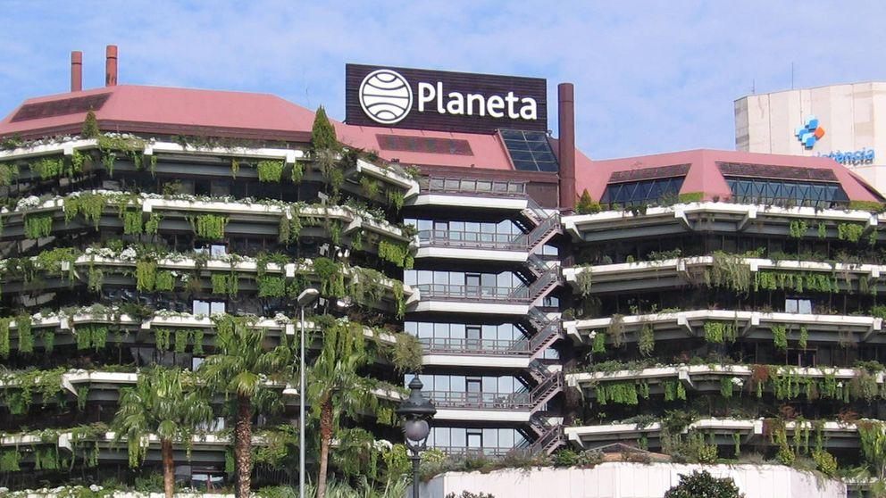 Planeta fichó a Villarejo para investigar al árbitro que falló a favor de Kiss FM por 220M