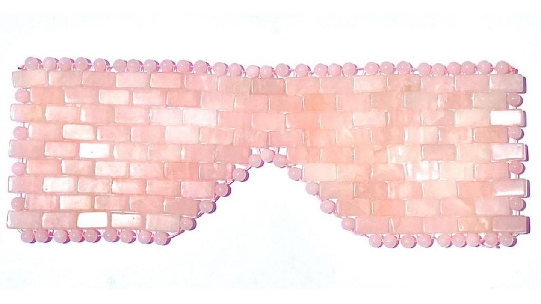 Antifaz de cuarzo rosa de Psychic Sisters.