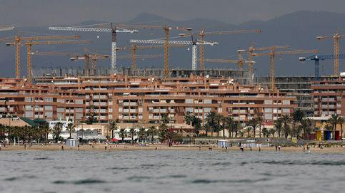 ¿Ha llegado la hora de comprar casa en la playa? Así está el precio en toda la costa