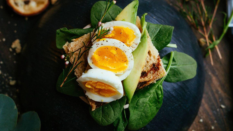 El huevo es muy rico en proteinas de gran calidad. (Joseph Gonzalez para Unsplash)