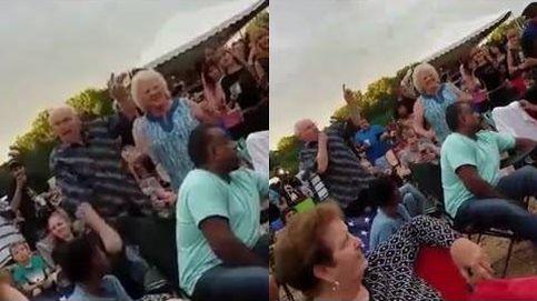Unos abuelos que causan sensación en un festival musical
