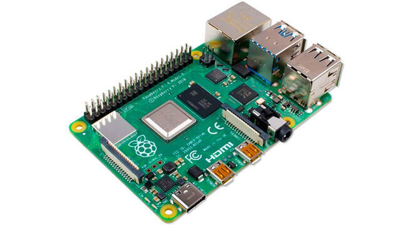 Raspberry Pi 4 con 4GB de RAM para crear proyectos por poco dinero