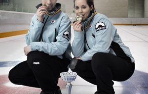 Una pareja de primos hace historia al ganar un bronce en el Mundial de curling
