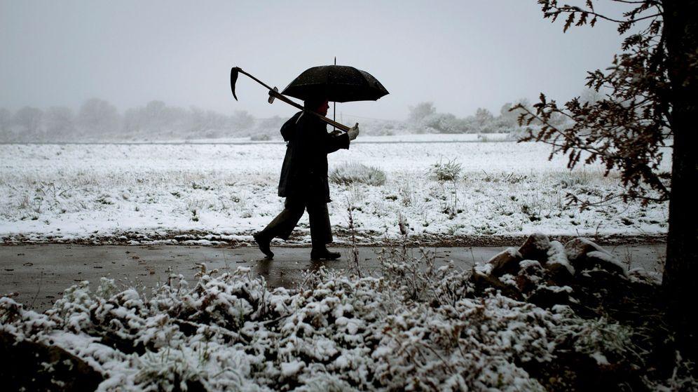 Foto: El norte de España vive lo peor de estas nevadas causadas por una masa de aire muy frío (EFE)