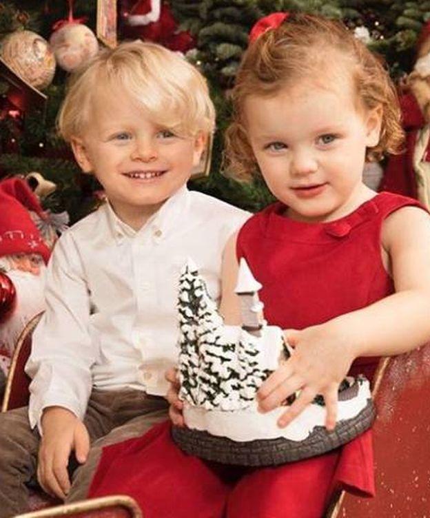 Foto: Jacques y Gabriella de Mónaco felicitan la Navidad. (Instagram)