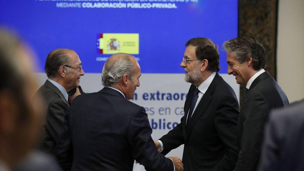 Foto: Rajoy y de la Serna presentaron el plan de inversiones. EFE/Juan Carlos Hidalgo