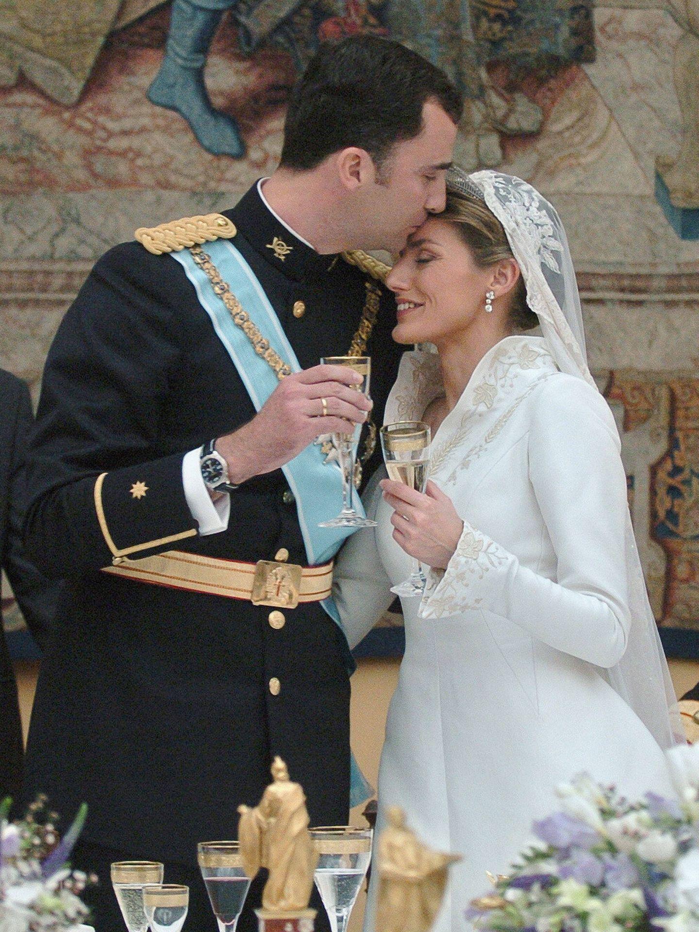 Felipe y Letizia, el día de su boda. (Getty)