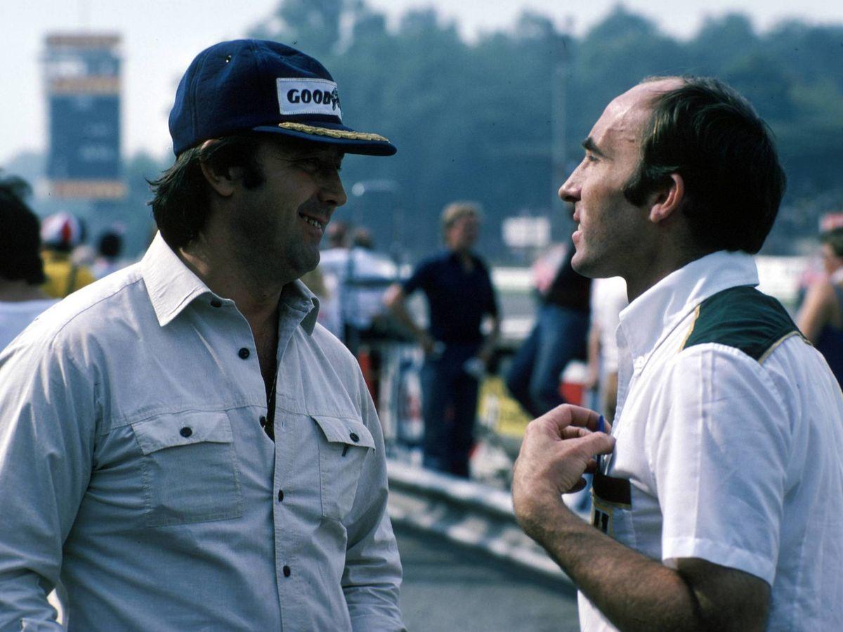 Foto: Frank Williams junto a Walter Wolff, en uno de los peores momentos para la supervivencia del británico en la F1 (Imago)