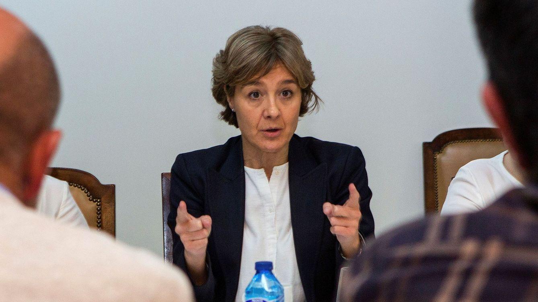 La exministra Tejerina ultima su fichaje por Ernst & Young tras dejar el comité del PP